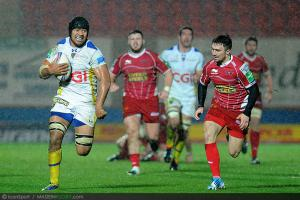 H-Cup - Clermont : Lee touch� � un genou